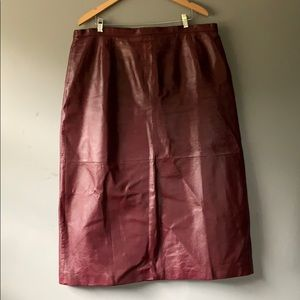 Vintage Plus Red Leather Pencil Skirt 20W